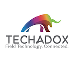 Techadox logo hubspot 20sig vert 20masked 20grey 20text