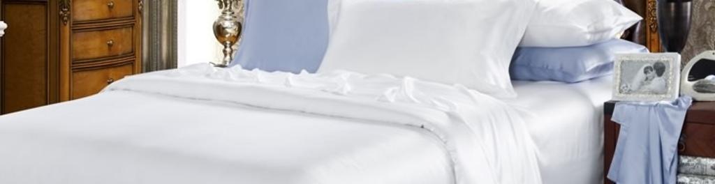 22 momme seamless silk bedding set white 1
